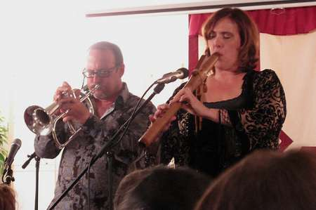 Jeff Oster and Ann Licater (Photo by: Carl Weingarten)
